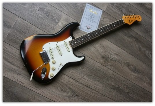 Masterbuild Paul Waller ´65 Stratocaster Relic, Three Tone Sunburst